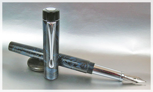 Worcester Regal 55 Fountain Pen