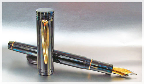 Worcester Spectra Fountain Pen